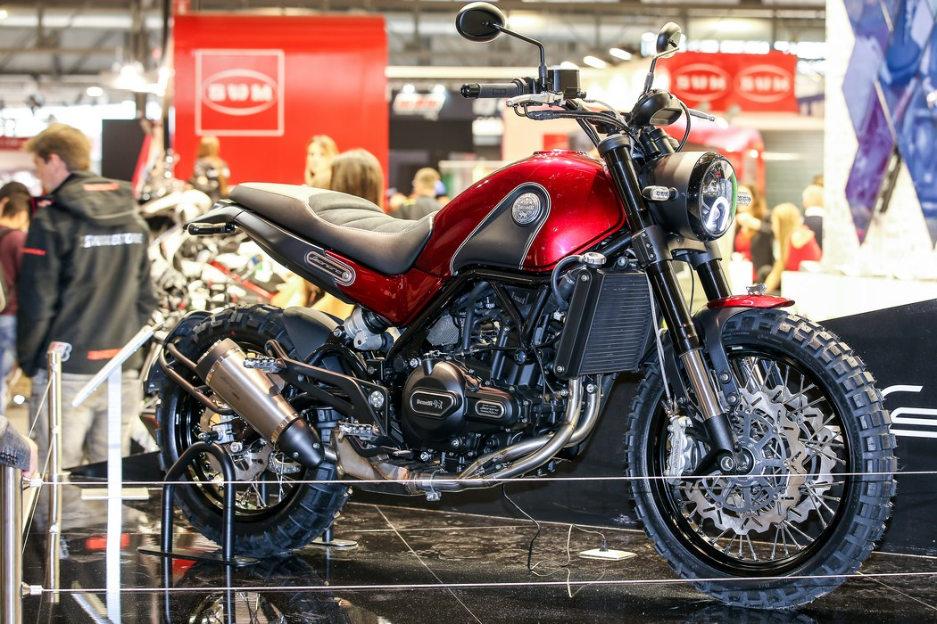 The 2016 Benelli Leoncino: A Throwback To Simpler Times